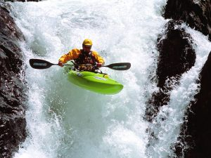 kajak-i-vattenfall2